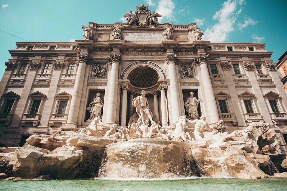 Italy - The customer cannot deduct VAT incorrectly invoiced on an exempt transaction