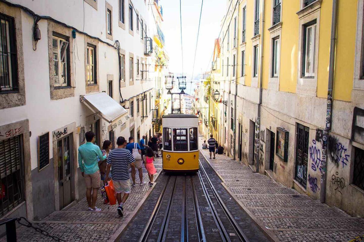 Portugal - New interpretations of the application of the domestic reverse charge mechanism
